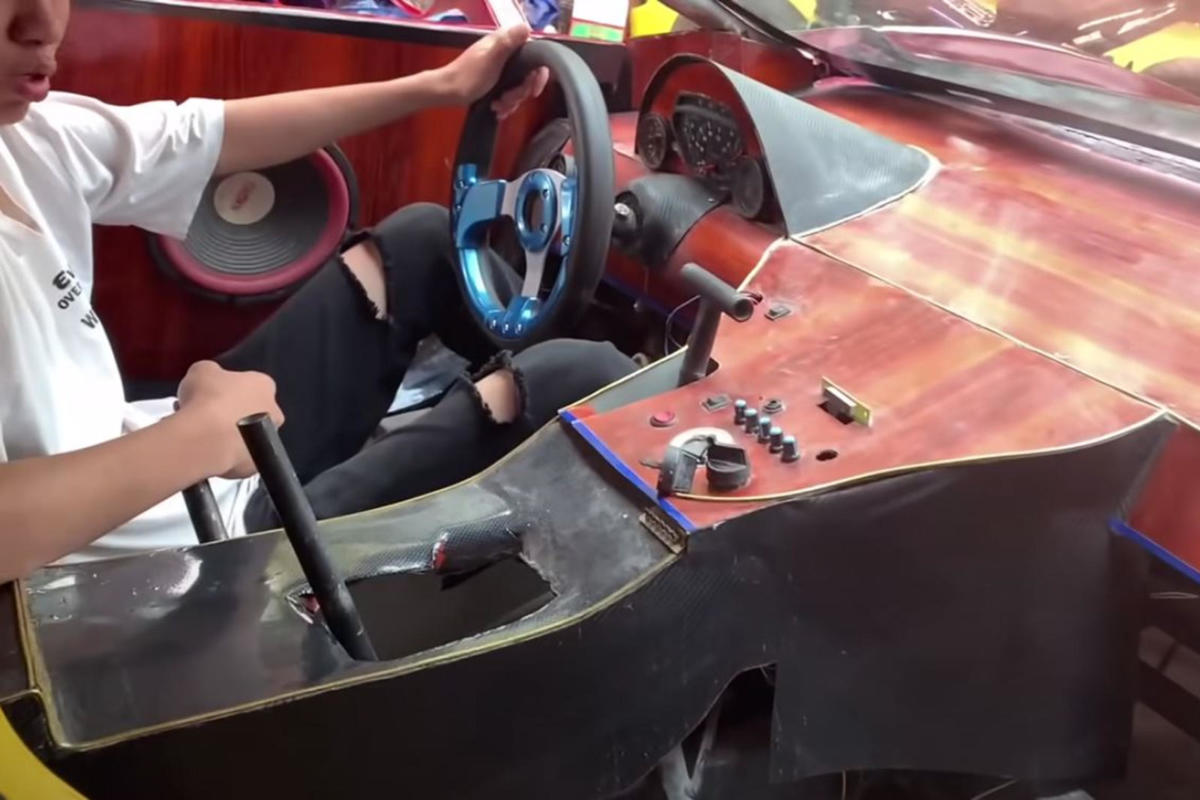vocket-ferrari-mampu-milik-enjin-mesin-rumput-5