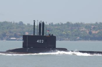 indonesia-submarine-kri-nanggala-402-perform-sailing-pass-news-photo-1619027940