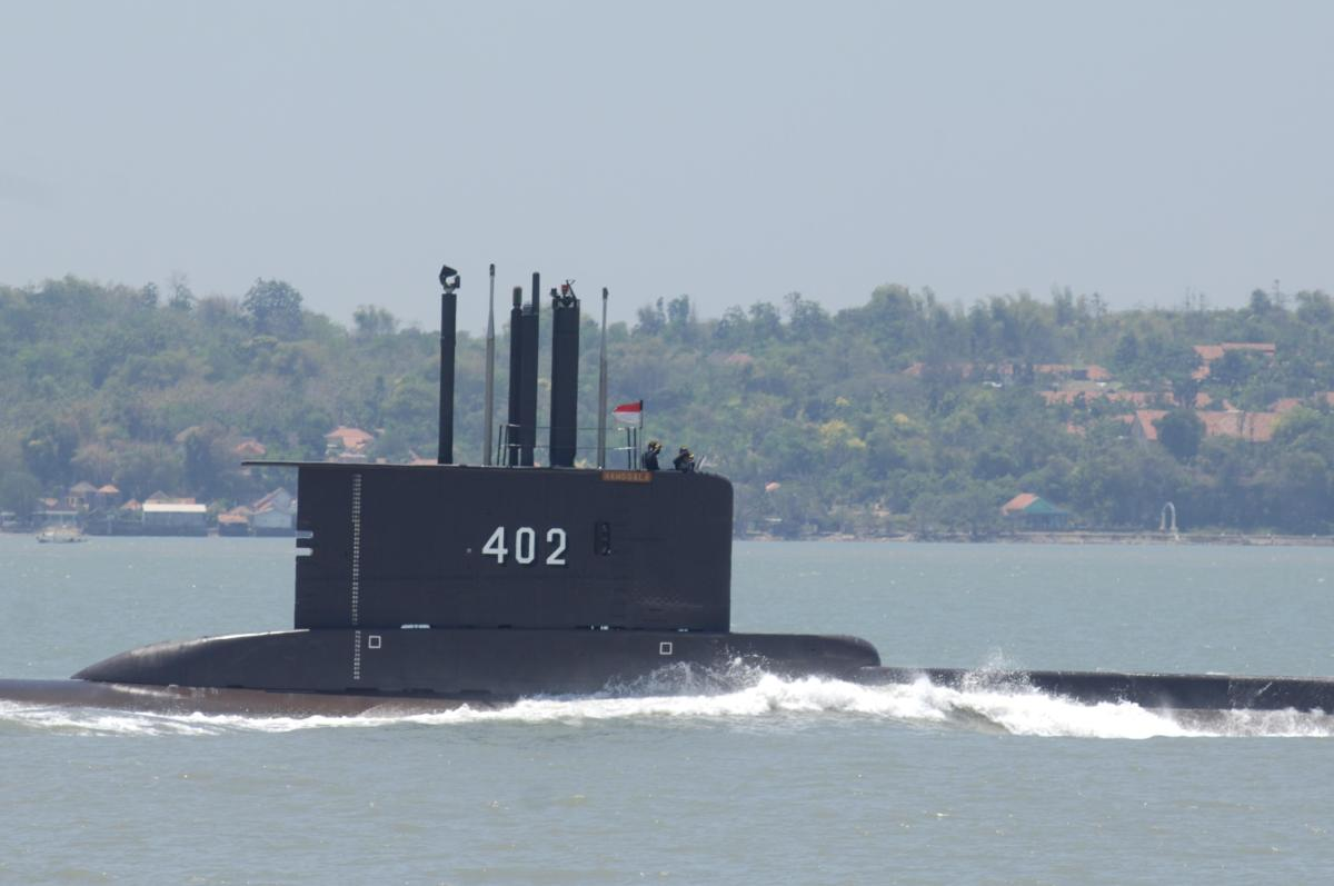 indonesia-submarine-kri-nanggala-402-perform-sailing-pass-news-photo-1619027940