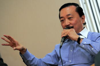 Vincent Tan Speaking to DNA