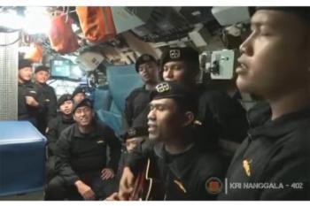 video-awak-kri-nanggala-402-dendangkan-lagu-sampai-jumpa-endank-soekamti-viral-netizen-sedih-banget-ya-allah-maq