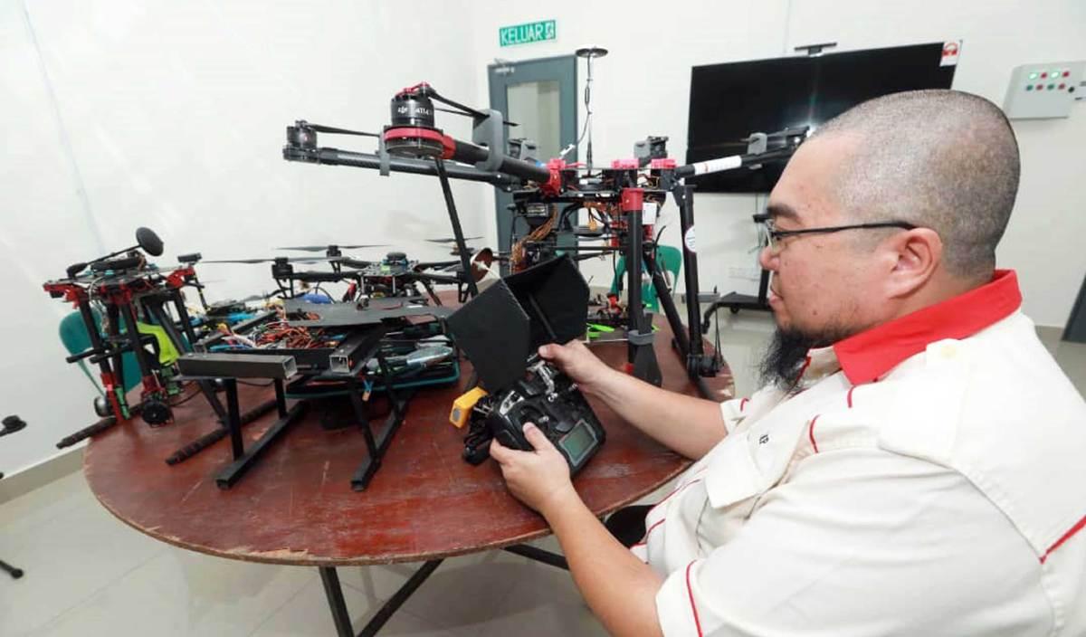 vocket-pemandu-ump-hasilkan-dron-3