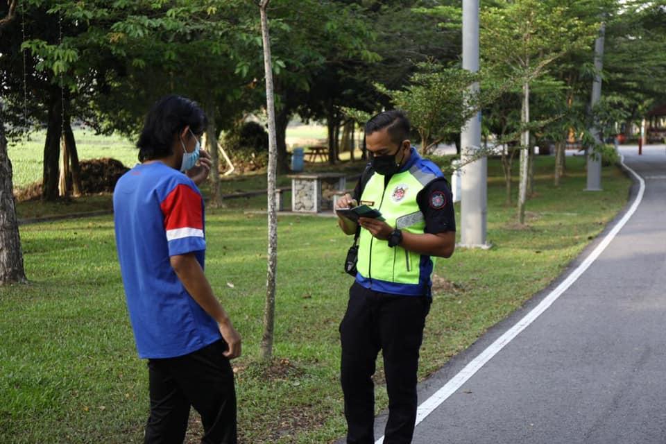Gara-Gara Joging Di Taman Awam, 9 Kompaun Dikeluarkan MBSA Buat Individu Yang Langgar SOP