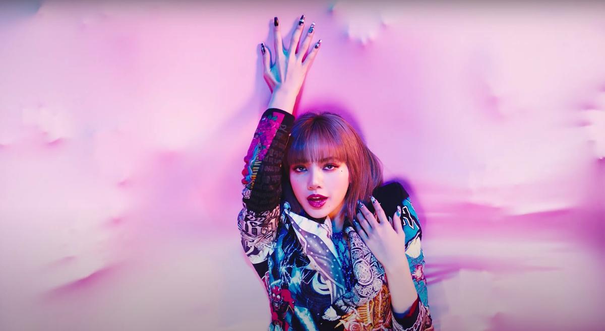 Baru 90 Minit Dilancarkan, Muzik Video Solo Lisa Blackpink Raih Lebih 10 Juta Tontonan