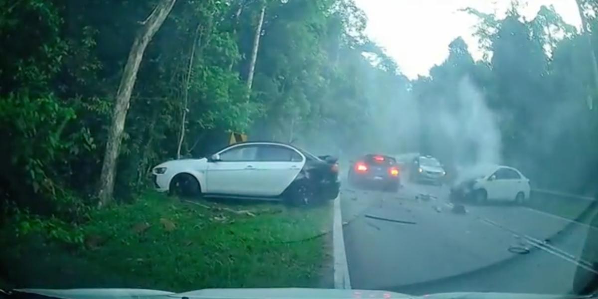 Kemalangan Berlaku Lagi, Netizen Bimbang Dengan Keselamatan Jalan Di Ulu Yam